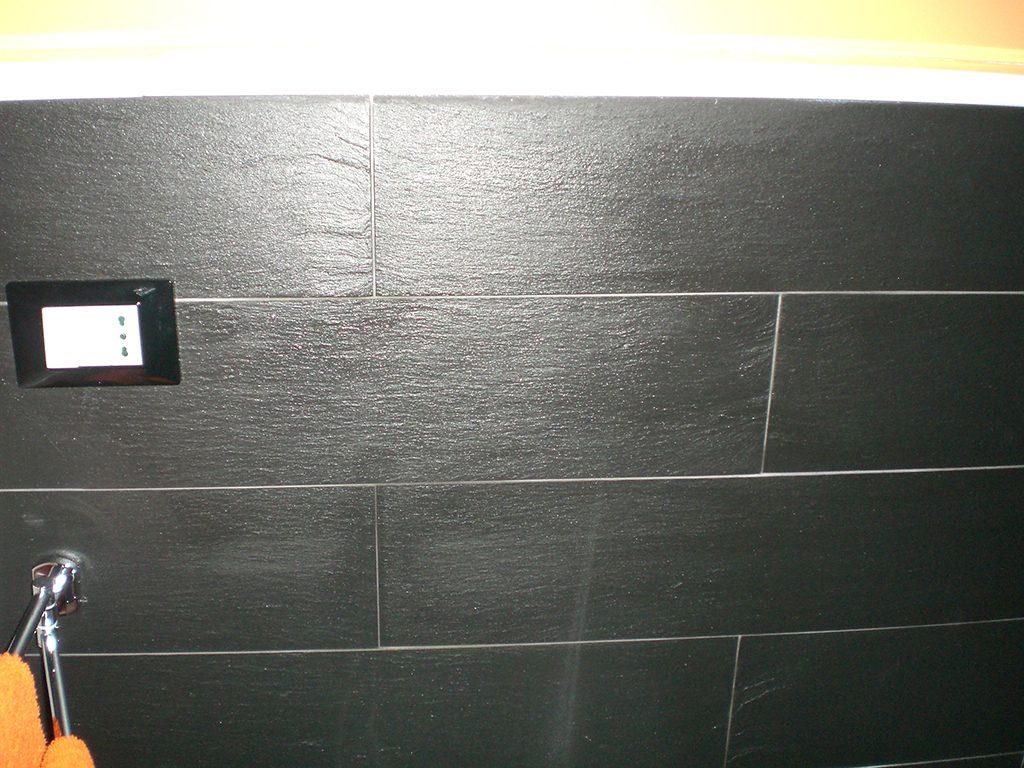 Rivestimenti In Ardesia Nera rivestimento bagno in ardesia nera italiana – marmi sgambaro